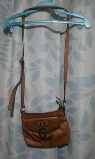 Guess sling bag (authentic) ,