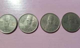 銀幣四個請自行出價