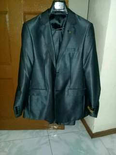 For sale mens suits color gray upper and lower
