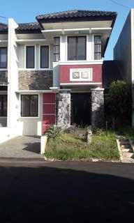 Rumah minimalis di Cirendeu LB/LT 95/120
