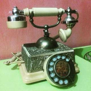 Vintage Telephone Antik
