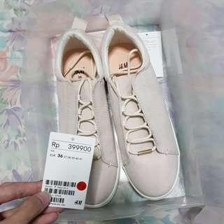 SEPATU FASHION H&M (sepatu sneaker h&m)