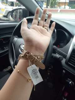 AUTHENTIC MICHAEL KORS LEATHER