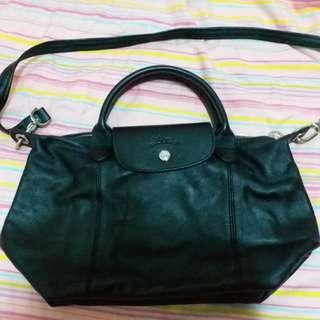 🚚 Longchamp 黑色羊皮折疊包