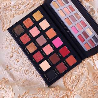 [PO#1] Bad Habit Aphrodite Eyeshadow Palette