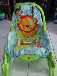 Preloved Bouncer Fisher Price