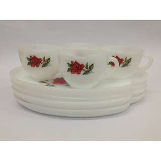 4pcs Porcelain Tea Set with Rose Design