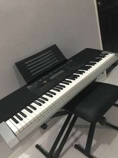 Mint Condition Casio Keyboard WK 240