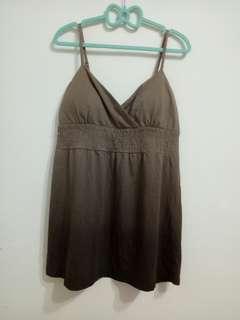 M號咖啡色漸層V領內襯墊短洋裝/全長:80cm