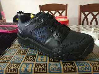 Five Ten (5-10) Impact Low MTB Shoes