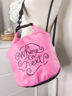 💚 Sand bar adventured dry bag • where to next positive quote design • bright pink and black • adjustable straps • It comes with its original canvas bag • pink beach bag