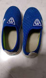 Boy Shoes (size 28)