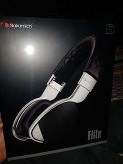 Nakamichi elite headphone