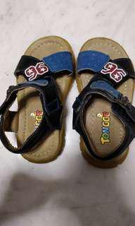 Boy sandals (size 27)
