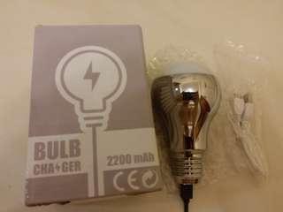 燈膽型 充電器 light bulb charger 聖誕禮物 抽獎禮物