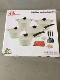 21 pcs Cast Aluminum Cookwear