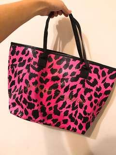 🚚 全新美國Betsy johnson粉紅豹紋托特包