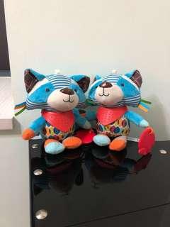Brand new BN Skip Hop activity racoon Bandana Buddies Stroller Toy - Raccoon
