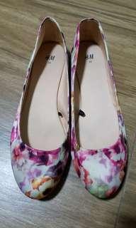H&M Floral Print Ballet Flats