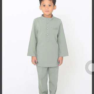 Baju Melayu by Jovian Mandagie