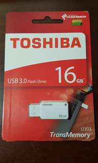 16gb thumbdrive