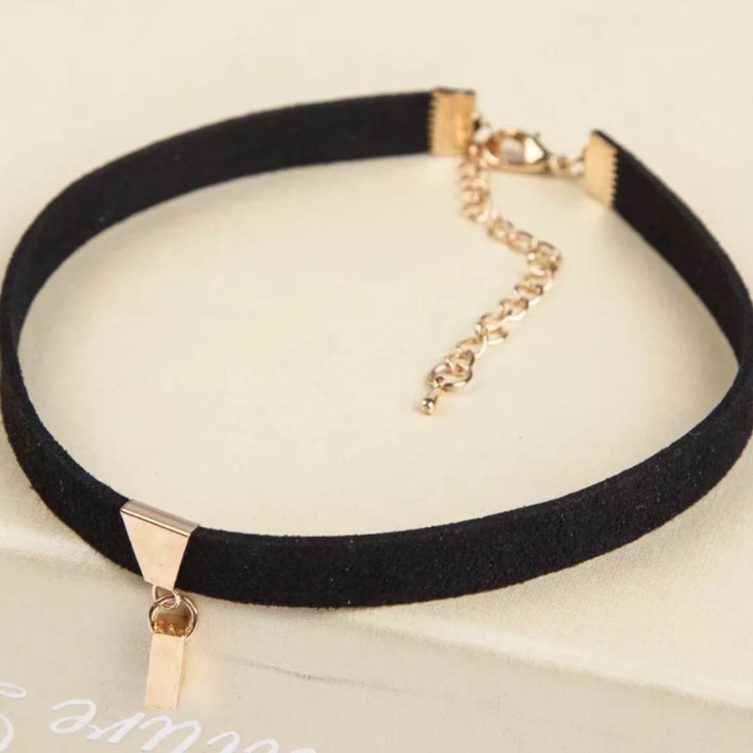 9ff133ac543 Black Velvet Choker Necklace   Pendants - Gold