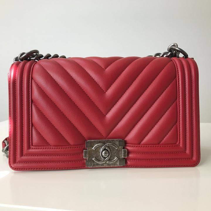 b8540b3cfaa696 Chanel Boy Medium Red (Brand New In Box), Luxury, Bags & Wallets ...