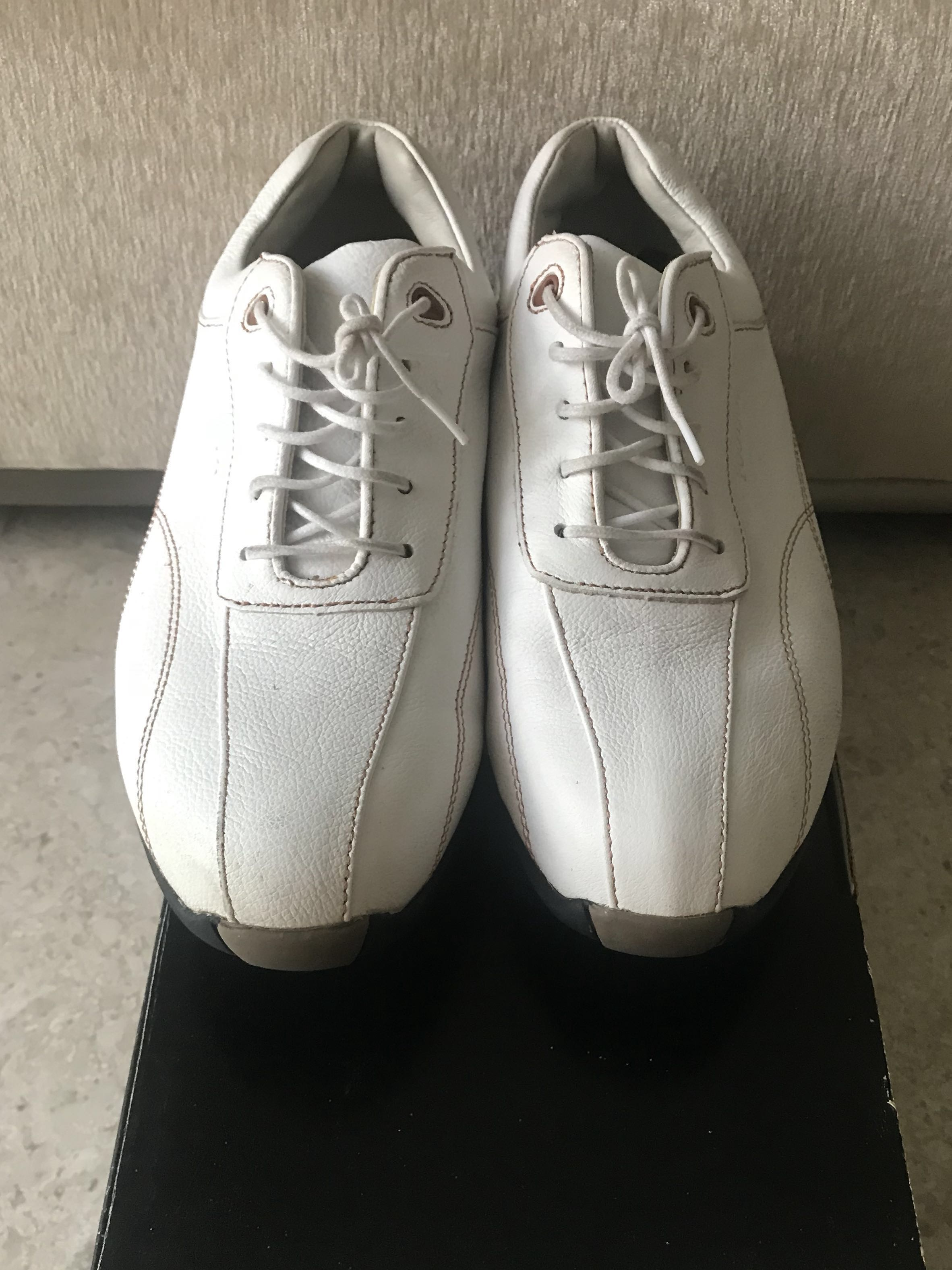 1c6dfdc7bde Footjoy Lopro Ladies Golf Shoes, Sports, Sports Apparel on Carousell