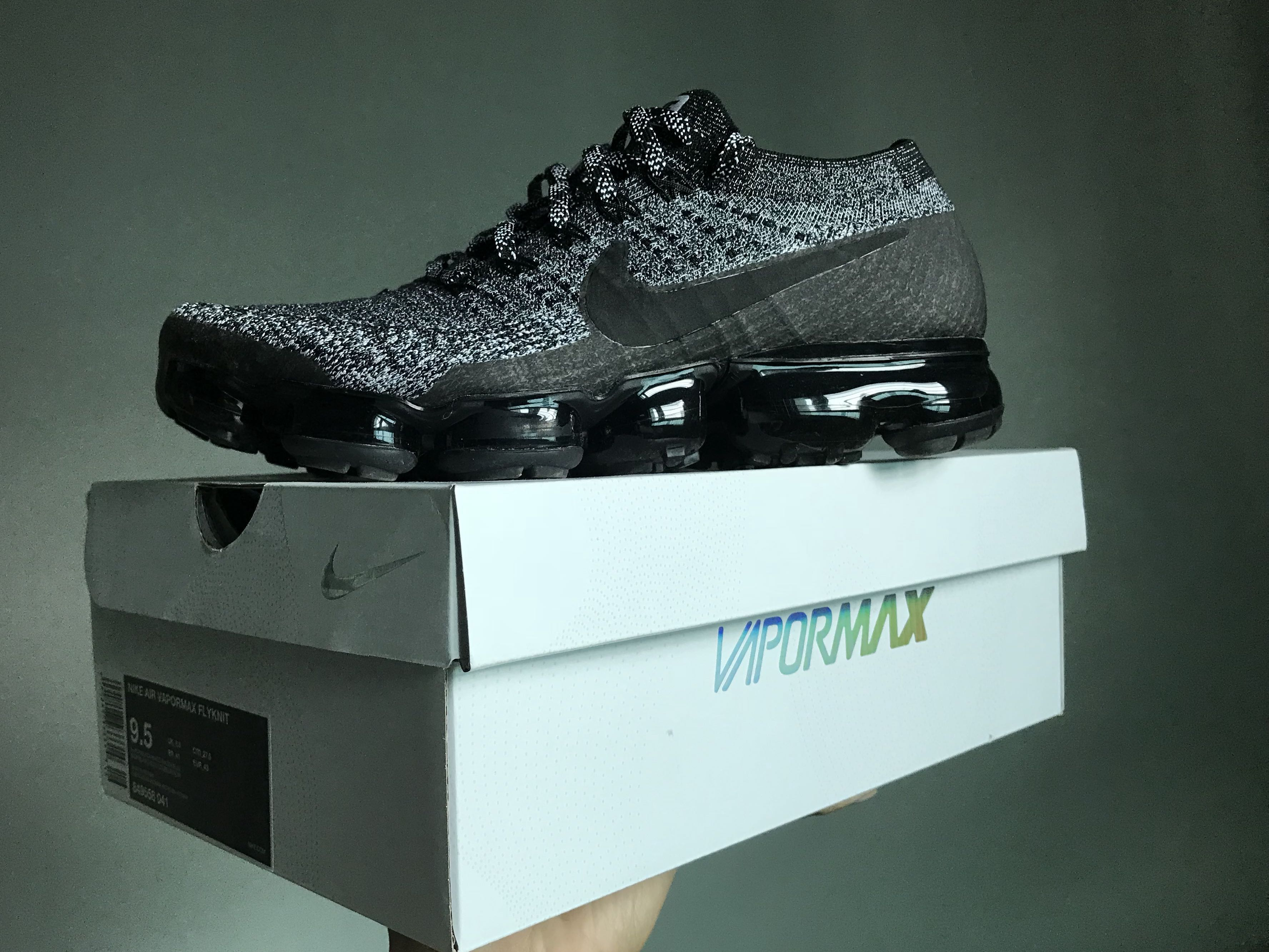 09144280a1 Nike Air Vapormax Oreo 2.0 US9.5, Men's Fashion, Footwear, Sneakers ...