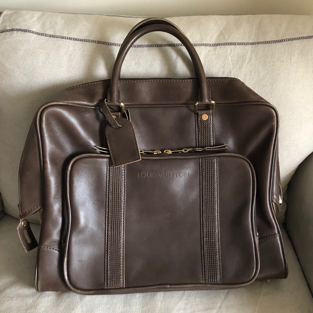 82a5fb34c84f Rare   Never Used Louis Vuitton Travel Bag in Leather with Vintage ...