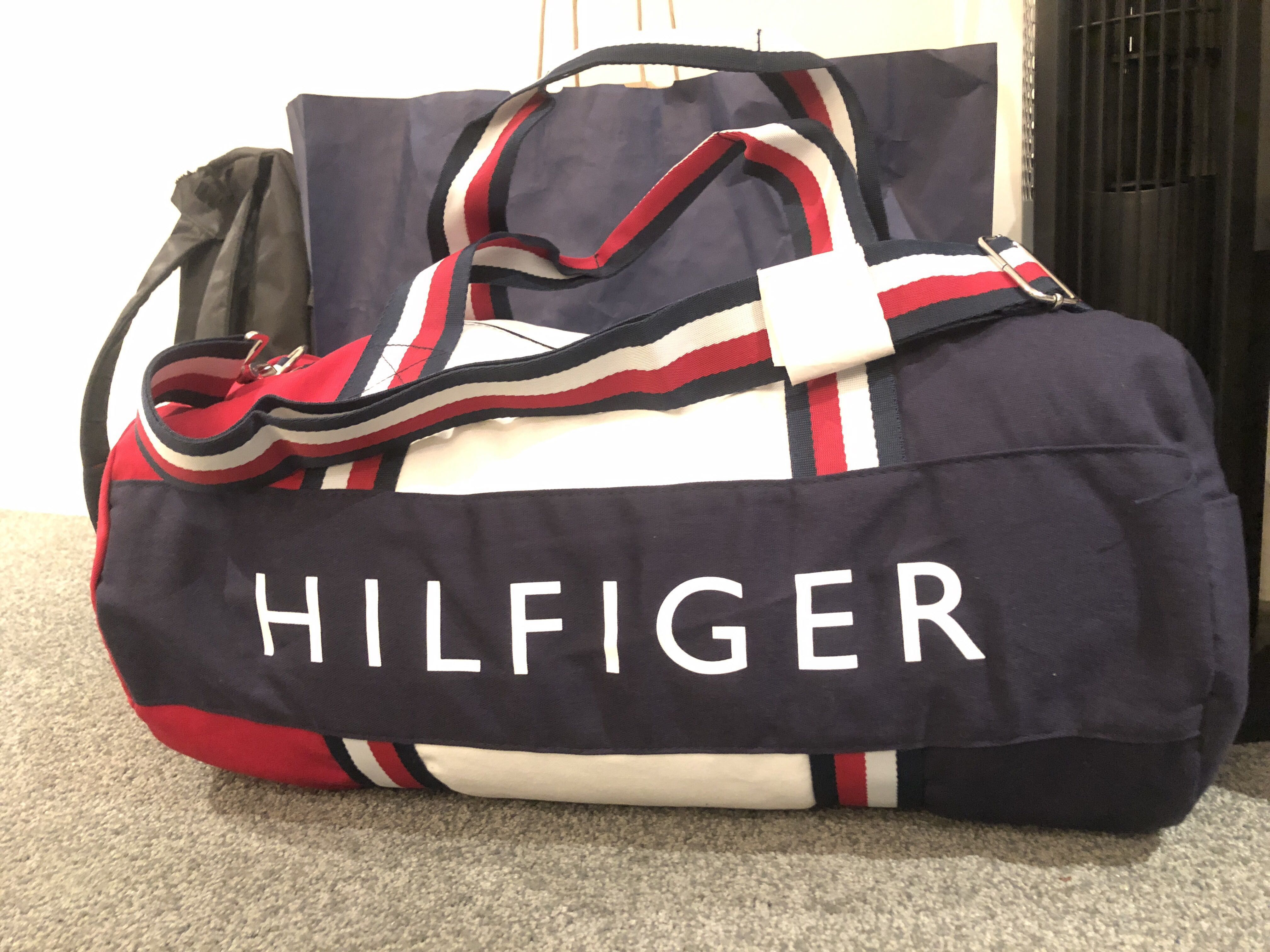 Tommy Hilfiger Duffle bag, Women s Fashion, Bags   Wallets on Carousell c7a68c040f