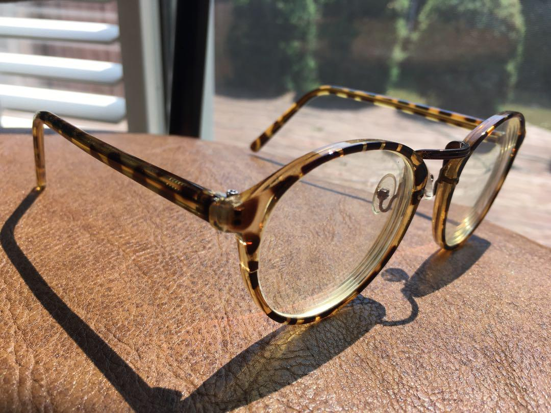 Vintage Retro Glasses Frame with Nose Pads