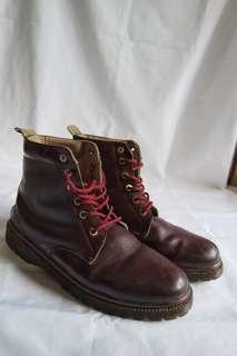 Boots Maroon