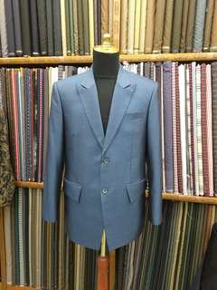 New italian wool blue suit size L