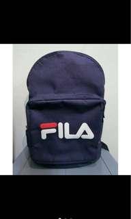 🚚 Fila經典款深藍後背包