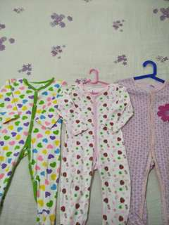 To bless 4pcs Baby sleepsuit  (Self Collect Only)