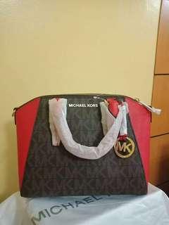 Michael Kors Ciara Medium Messenger Bag From US
