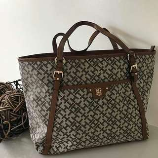 Tommy Hilfiger Tote Bag From US