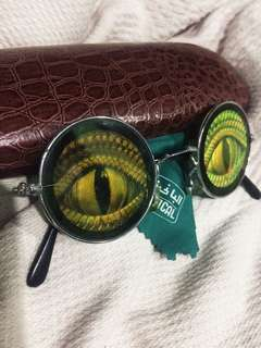 Hologram 3D Reptile Sunglasses