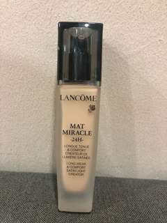 Lancome Mat Miracle 24H Foundation