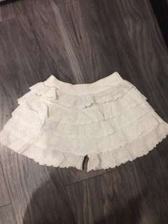 Short Laces Pants