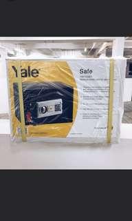 Yale YSFT-25ET Medium Home Safe