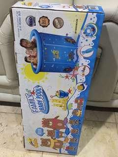 Family baby pool