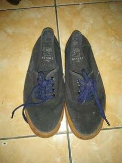 Cotton on shoes blackgum size 41