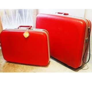 【swallow燕子二手懷舊傢俱】早期 ECHOLAC 紅色  手提箱 行李箱  旅行箱 嫁妝 拍戲 道具  [1503002]