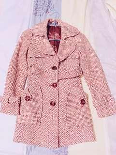 🚚 米色織紋大衣