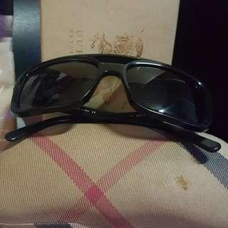 Orig burberry shades