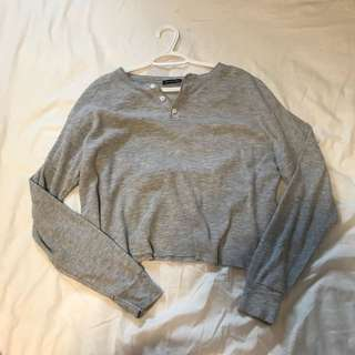 BRANDY MELVILLE THERMAL OVERSIZED CROP