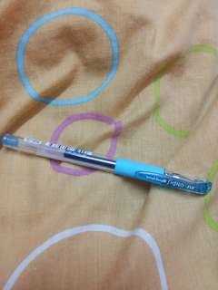 Uni.ball Signo DX 0.5 Sky Blue pen