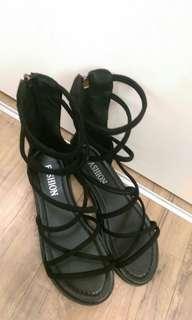 🚚 羅馬鞋